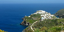 A walk in the enchanted Castle of Sifnos